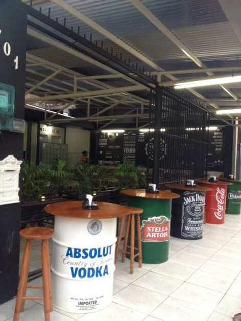 Booze advertisement in a pop-up bar – Picture of the day