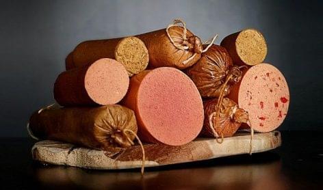 Magyar cég száll be a húshelyettesítő, vegán termékek piacára az USA-ban