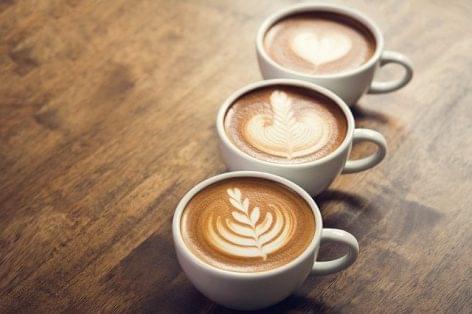 Újranyitja kávézóit a Marks & Spencer