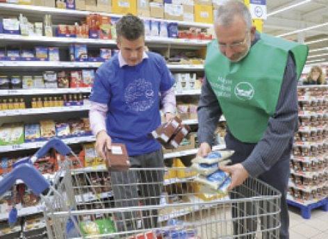 283 tonna tartós élelmiszer a rászorulóknak