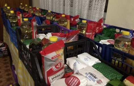 A record amount of over 327 tons of food was donated by SPAR buyers to people in need