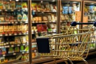 Visszatért a 65 év fölöttiek vásárlási idősávja
