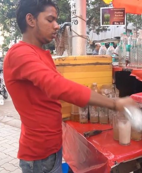 The street mixers of Mumbai – Video of the day