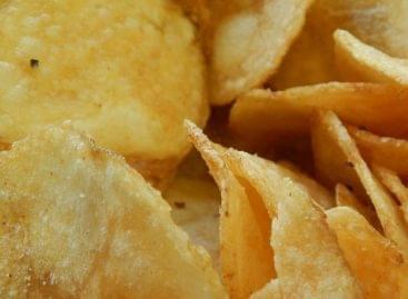 Nem lesz olajos a kezünk az új japán chipseszacskóval