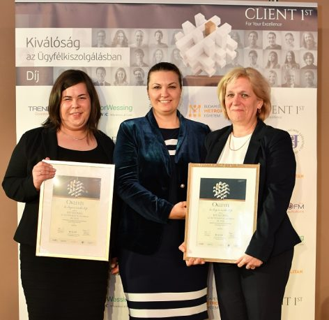 Dm has won awards for both personal and electronic customer service