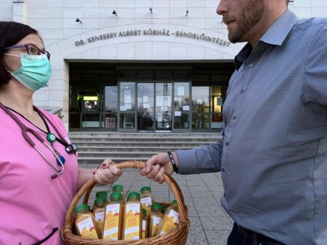Freshland brings fresh salad mixes and freshly squeezed juices to hospitals