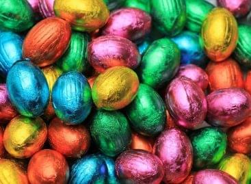 Megszünteti a húsvéti csokitojás csomagolásán a műanyag ablakot a Mondelēz International