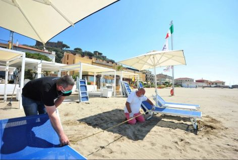 Italian and Spanish beaches may impose roped-off areas – Picture of the day