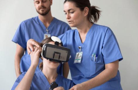 Innovációs díjat nyert a helyes kézmosásra tanító VR applikáció