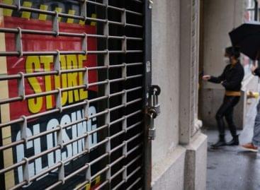 USA: 25.000 bolt zárhat be a koronavírus miatt 2020-ban