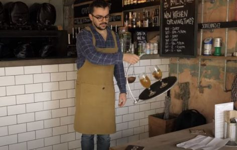 A tray which makes it easier to carry drinks – Video of the day