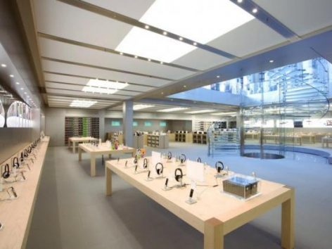Apple re-closing 11 stores in three states due to COVID-19 spikes
