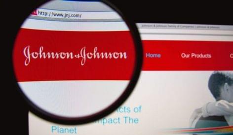 Kivezeti bőrfehérítő krémjét a Johnson & Johnson