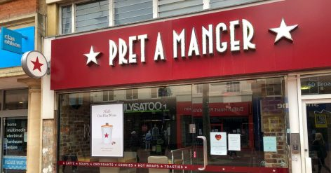Harminc boltját zárja be a Pret