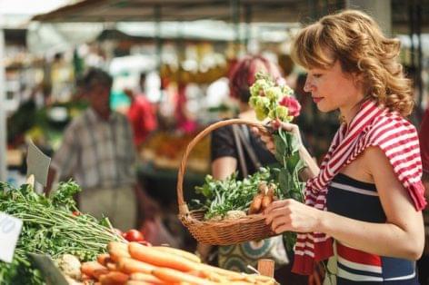 The market of Balatonszárszó is popular
