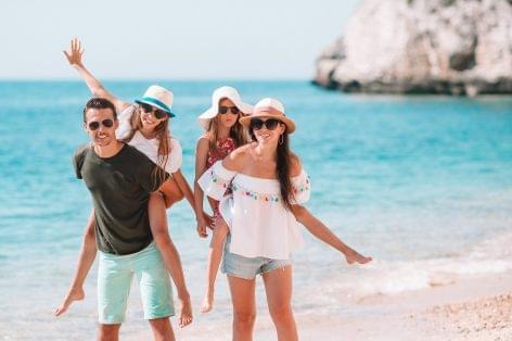(HU) Járványhelyzetben is lehet gondtalan a külföldi nyaralás