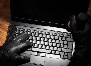 FBI: csaló oldalakon kötnek ki a fogyasztók az e-vásárlások során