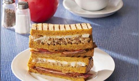 Full English szendvics a Waitrose-tól