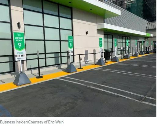 Amazon Fresh parkoló, csomagátvétel, kiszállítás