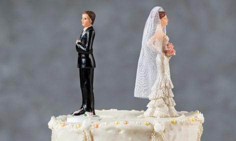 Válási torta – A nap képe