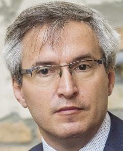 Kecskeméti Attila, Vajda Papír
