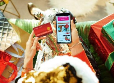 Big consumer behavior shifts in holiday shopping this year