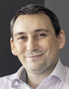Vass Zoltán-reNEW