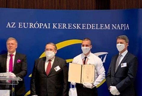 Magyar Kereskedelemért Nagydíjat kapott az Auchan munkatársa