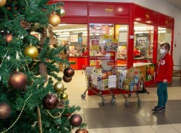 Eredményes volt a Magyar Vöröskereszt december közepi élelmiszergyűjtő akciója