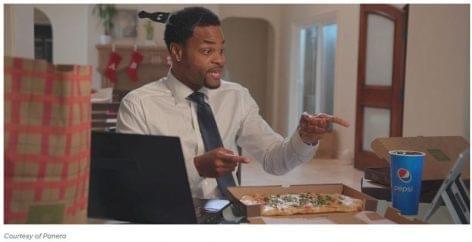 Pizza és Pepsi buli online – felül top, alul pizsama