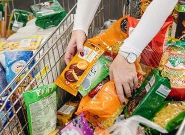 Tesco and Nestlé team up to help Food Bank