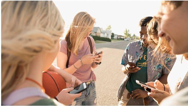 Mobilozó Z generáció