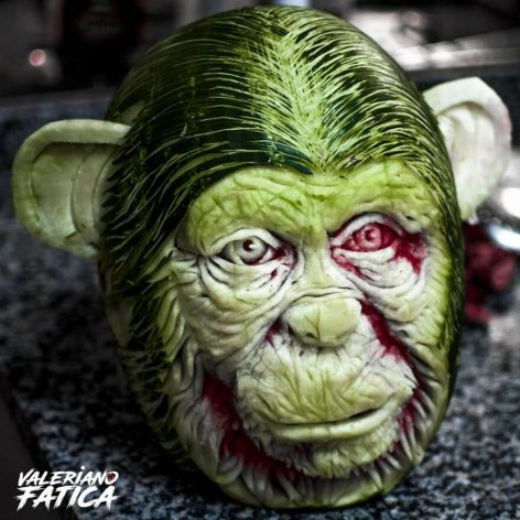Sculptures in watermelon and other fruits – Picture of the day