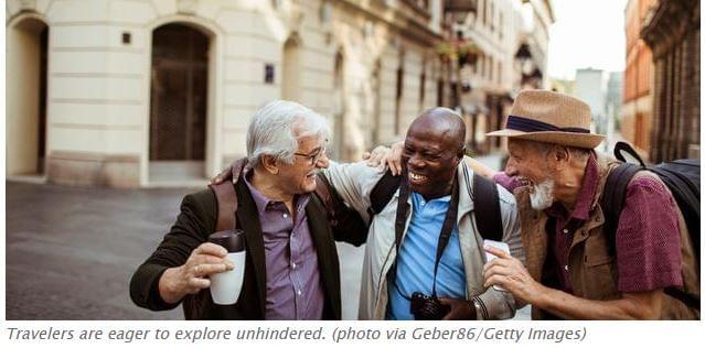 Idősebb turisták 2021