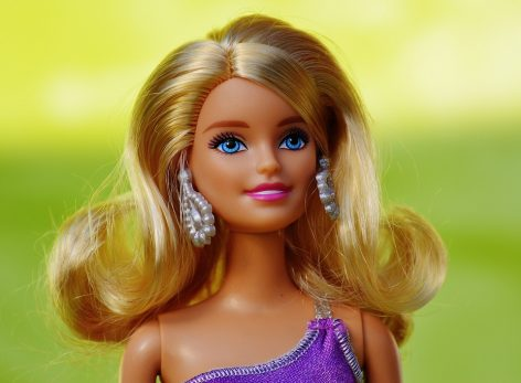 Kelendő a Barbie baba