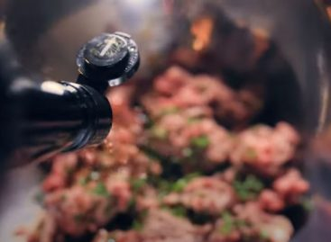 Cinematic Burger – Video of the day