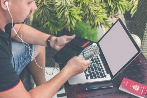 Indul a Facebook Get Digital nevű digitális oktatási platformja magyarul is