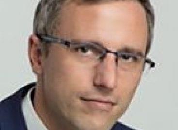A Lánchíd Klub vendége volt:Feledy Botondkülpolitikai szakértő – Tankszámolgatásésholdporos tiramisu