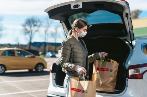 Kecskeméten és Zalaegerszegen is elindult a SPAR online shop áruházi átvételi szolgáltatása
