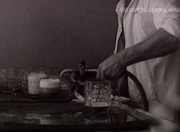 Régen trükköztek a sörcsapolásnál! – A nap videója