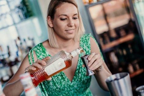 (HU) Fluére – alkoholmentes párlatok a koktélverseny főszereplői
