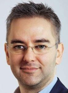 Mosolygó István, MOL