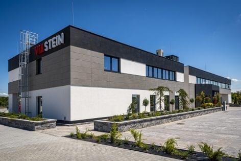 Magyarország legnagyobb építőelem-előregyártó üzemét adta át a Viastein Kft.