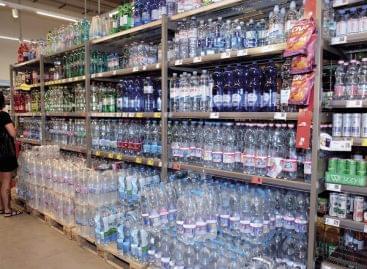 Magazin: Öntsünk tiszta vizet a pohárba!
