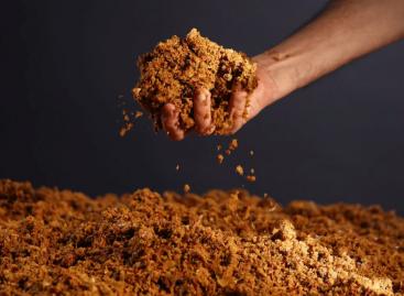 Dán upcycle: vegán bőr az almalégyártás maradékából