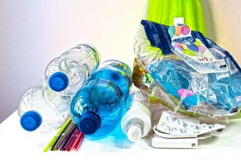 Júliustól nincs egyszer használatos műanyag Portugáliában