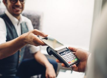 Az újranyitás után is népszerű az elektronikus fizetés