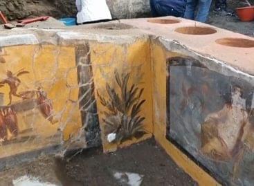 Gyorsétterem nyílt Pompeiiben… – A nap videója