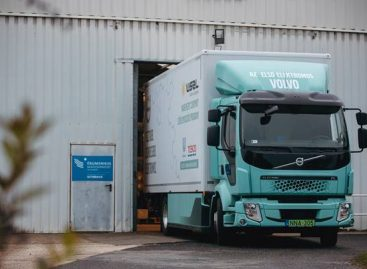 Donations are made by Hungary's first electric truck produced in series