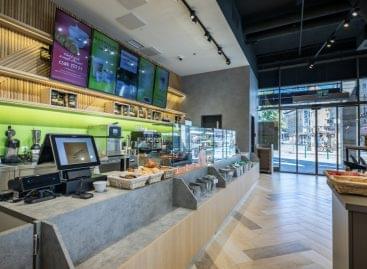 Olimpikonok nyitották meg a Mol új kávézóját a főváros egyik központi helyén